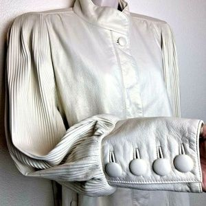 VINTAGE 80's Stunning Pearl White Leather Jacket